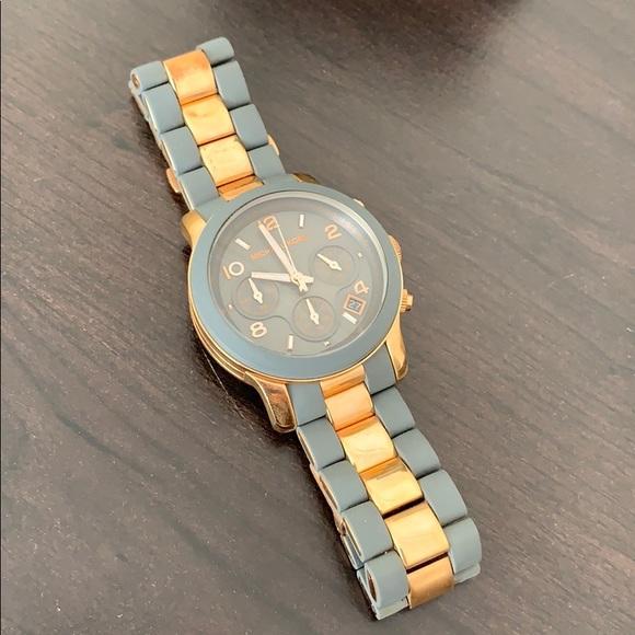 Michael Kors Accessories - Michael Kors timepiece
